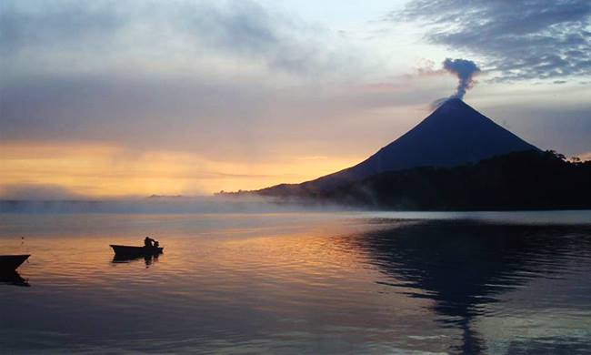 Arenal Volcano & Town of La Fortuna, Costa Rica - A Visitors Guide